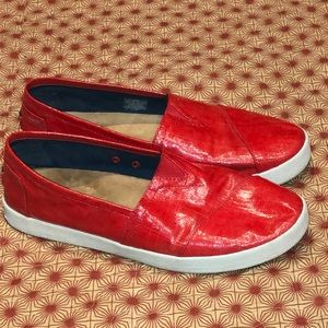Toms Red Coated Canvas Avalon Slip On Sz 10W